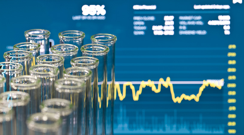 Wall Street's Top Biotech Analyst Loves These 2 Life Science Stocks